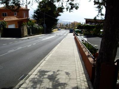 URBANIZACIÓN DE LA CARRETERA TF-215