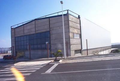 CONSTRUCCIÓN DE NAVE INDUSTRIAL EN EL POLÍGONO DE GRANADILLA
